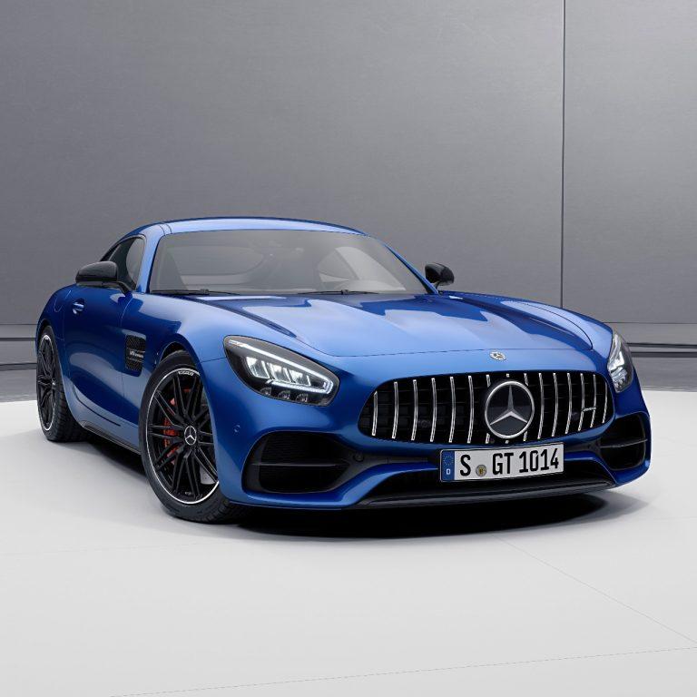 Mercedes-AMG GT 2021: Výkonnejší a vybavenejší ako kedykoľvek predtým