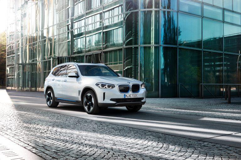 2021 BMW iX3 : Elektrické SUV s dojazdom až 460 kilometrov