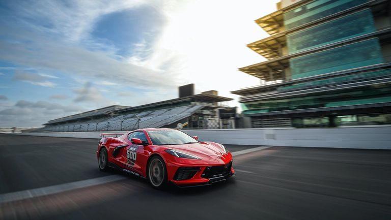 Corvette C8 debutuje ako Pace Car v preteku Indy 500
