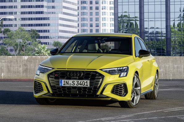 Audi S3 Sportback a Sedan 2021: Kompaktný, športový a sofistikovaný